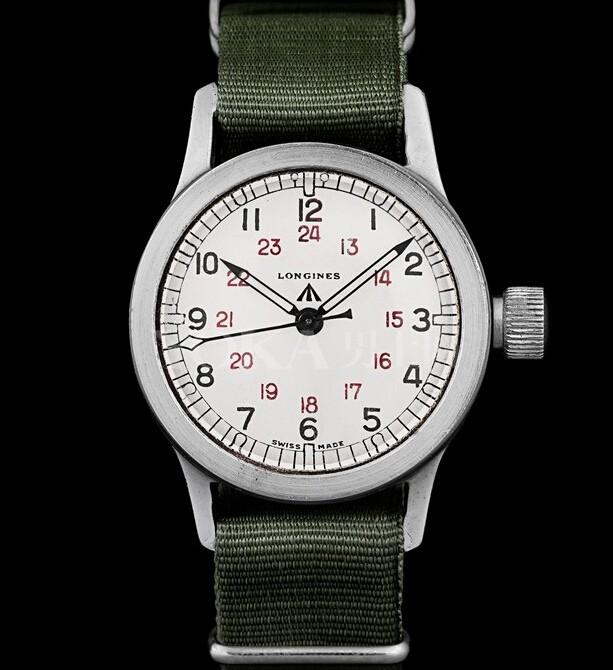 浪琴表经典复刻系列COSD军事腕表的原型,现藏于瑞士索伊米亚浪琴表博物馆