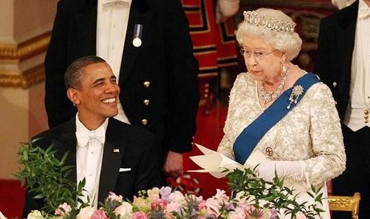 英女王戴俄罗斯公爵夫人王冠