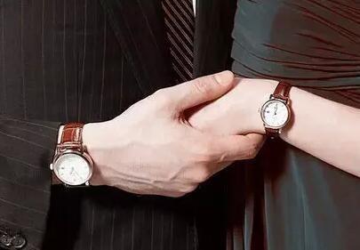 送手表代表什么含义?女生送男生手表与男生送女孩手表的区别