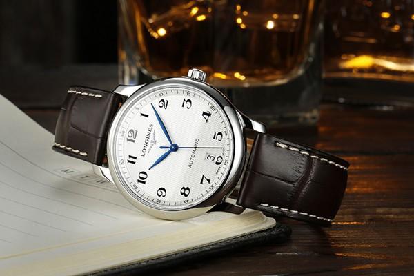 RUNOSD斯诺威登女士陶瓷腕表 打动所有女性的魅惑之作