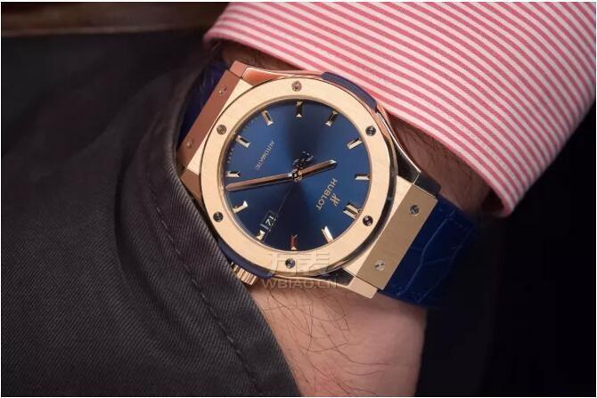 秋天戴什么表_哪些手表比较暖意_8款秋季金表品牌价格推荐分享
