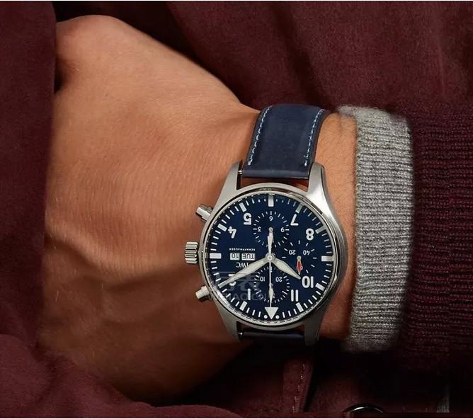 万国鳄鱼皮表带手表价格图片_8款鳄鱼皮手表推荐分享
