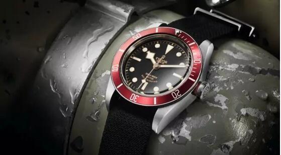 红色男士机械手表推荐_红表盘的机械手表_八款【图】分享