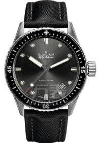 送手表选什么颜色比较好,送宝珀手表可以吗?手表品牌