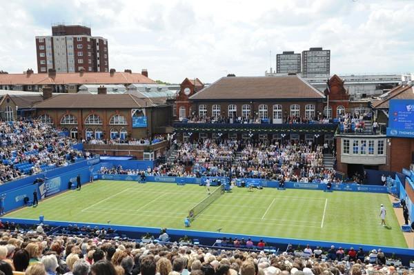 雷达表成为伦敦女王俱乐部合作伙伴与官方计时腕表