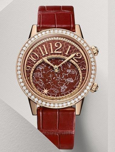 高级女人不忘秀腕表