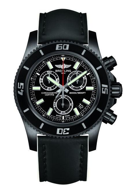 百年灵超级海洋M2000计时腕表