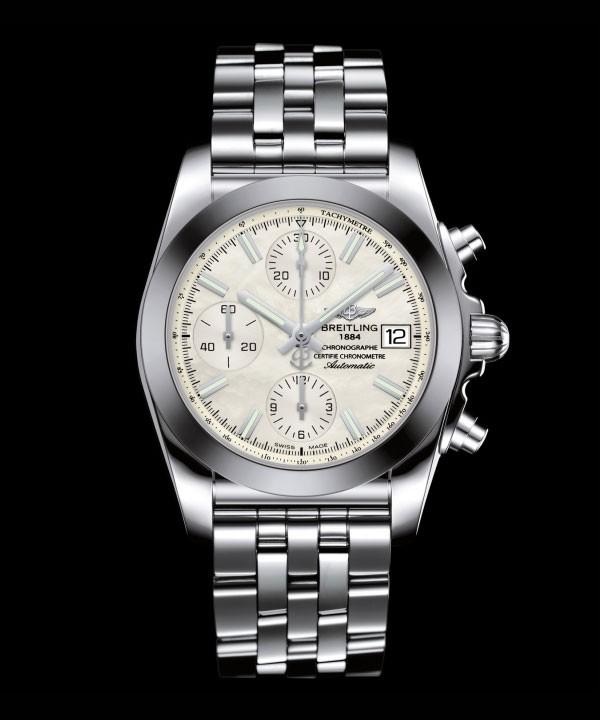 百年灵全新机械计时38丽致版腕表