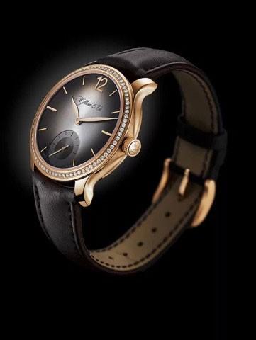亨利慕时腕表,能发出爱的问候