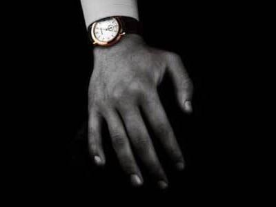 腕表该戴左手还是右手?