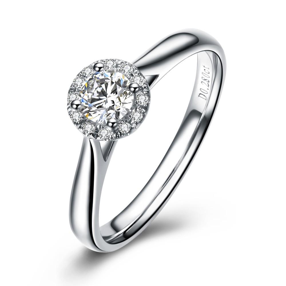 》》点击进入【舞动魅力】白18K金27分/0.27克拉钻石女士戒指