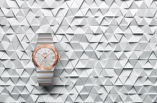 欧米茄推出全新星座系列全新同轴男士腕表
