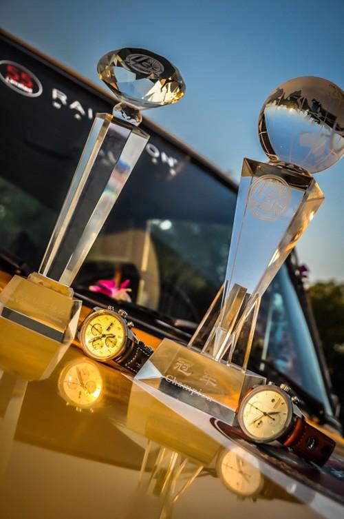 Raidillon伴比利时车队折桂世界老式汽车中国巡礼 刮起最强复古风