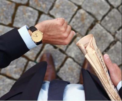 CORUM 推出50周年纪念版金币腕表