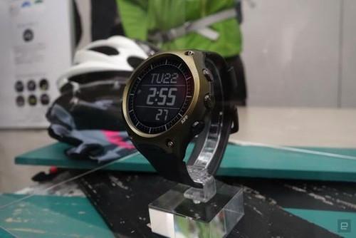卡西欧首款智能手表WSD-F10亮相CES 2106(图源