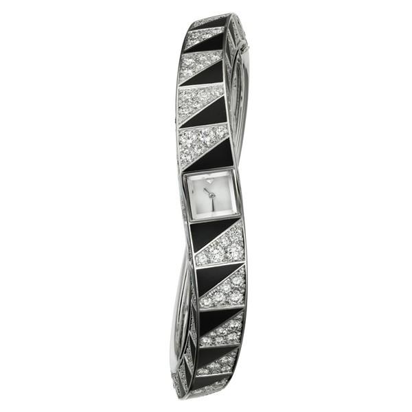 卡地亚全新高级珠宝腕表 开拓全新艺术格局