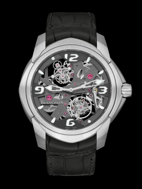 宝珀推出全新一分钟卡罗素陀飞轮腕表