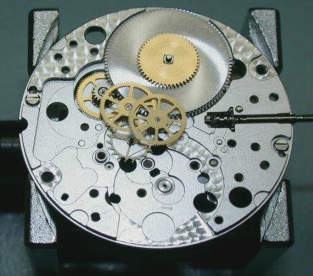 揭秘机械表内部机芯结构!高清图片欣赏