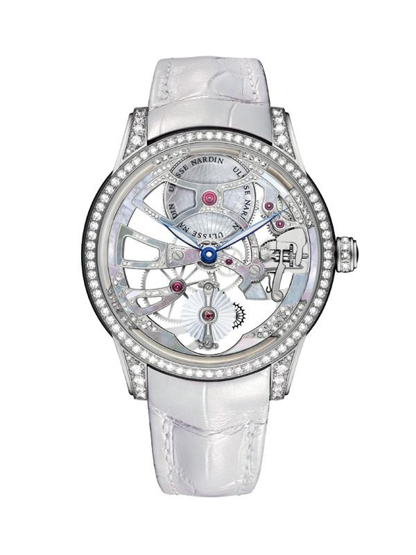 雅典表全新镂空珍珠陀飞轮腕表