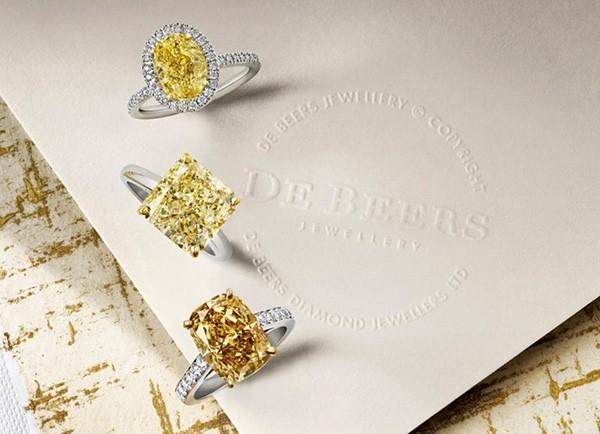 戴比尔斯钻石珠宝,庆祝夏日向色彩致敬