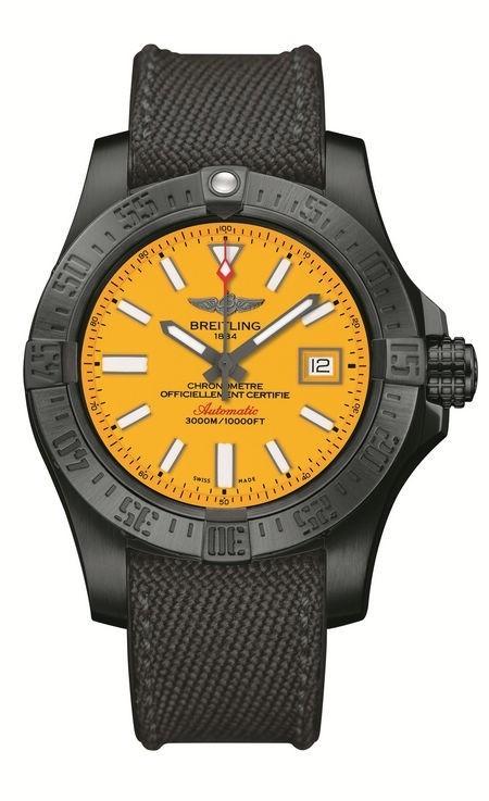 纵横3000米深海 百年灵复仇者二代深潜海狼黑钢腕表