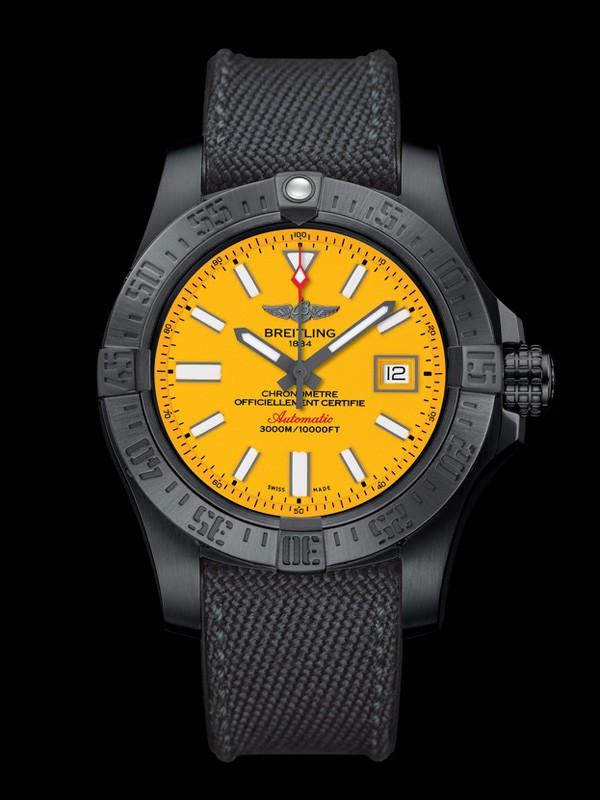 百年灵全新复仇者二代深潜海狼黑钢腕表