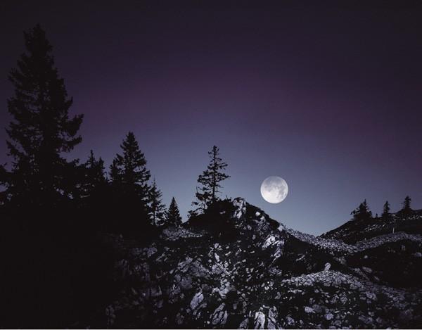 爱彼:天文月相发现腕上非凡中秋
