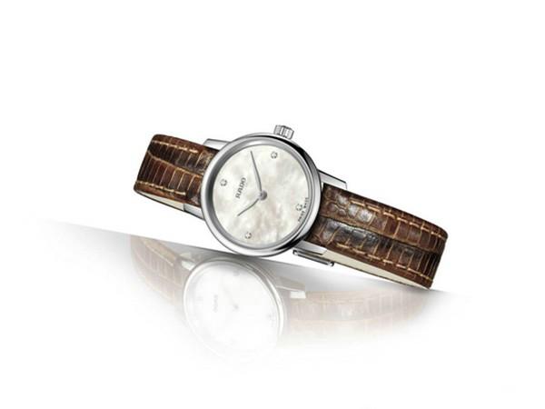 RADO瑞士雷达表推出晶璨经典系列迷你腕表