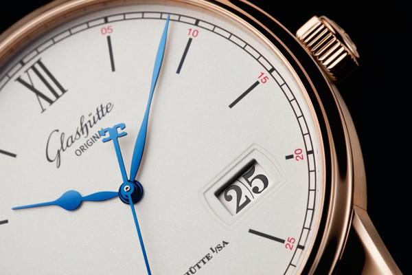 格拉苏蒂原创全新议员卓越大日历及月相表