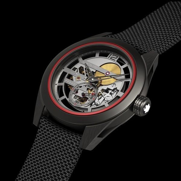 万宝龙推出全新时光行者系列Pythagore超轻概念腕表