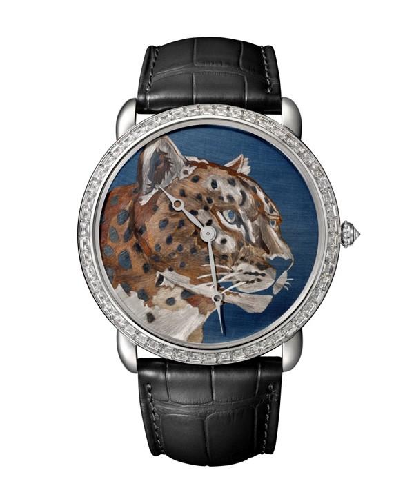 卡地亚Ronde Louis Cartier腕表,运用最新火金工艺