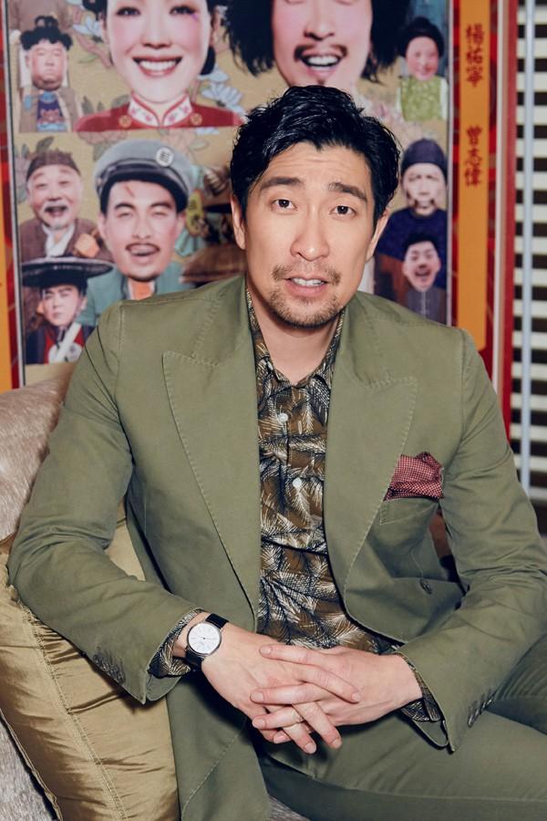 王千源配戴Piaget 伯爵Altiplano系列超薄腕表 盛装出席《健忘村》发布会