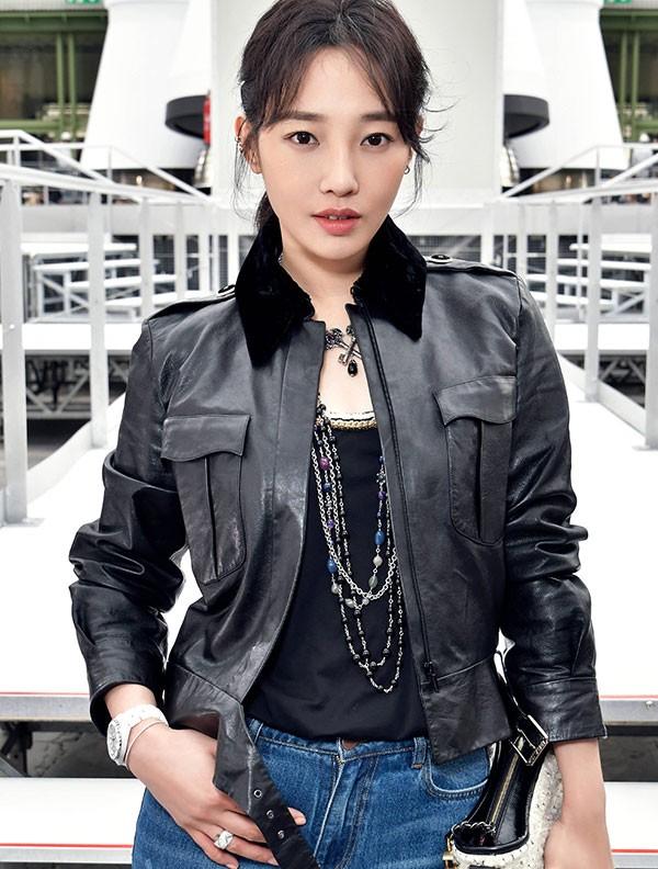 白百何、刘雯、陈伟霆成为香奈儿品牌中国腕表形象大使